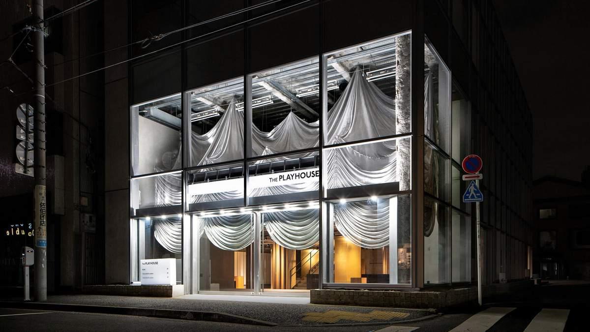Атмосфера театру: токійський магазин моди The Playhouse дивує антуражем
