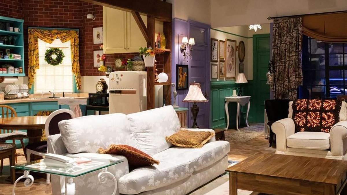 В Нью-Йорке можно будет переночевать в квартире Моники и Рэйчел