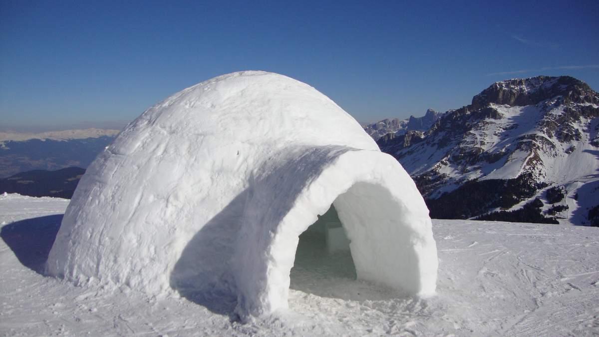 Іглу – крижаний будинок, в якому живуть ескімоси