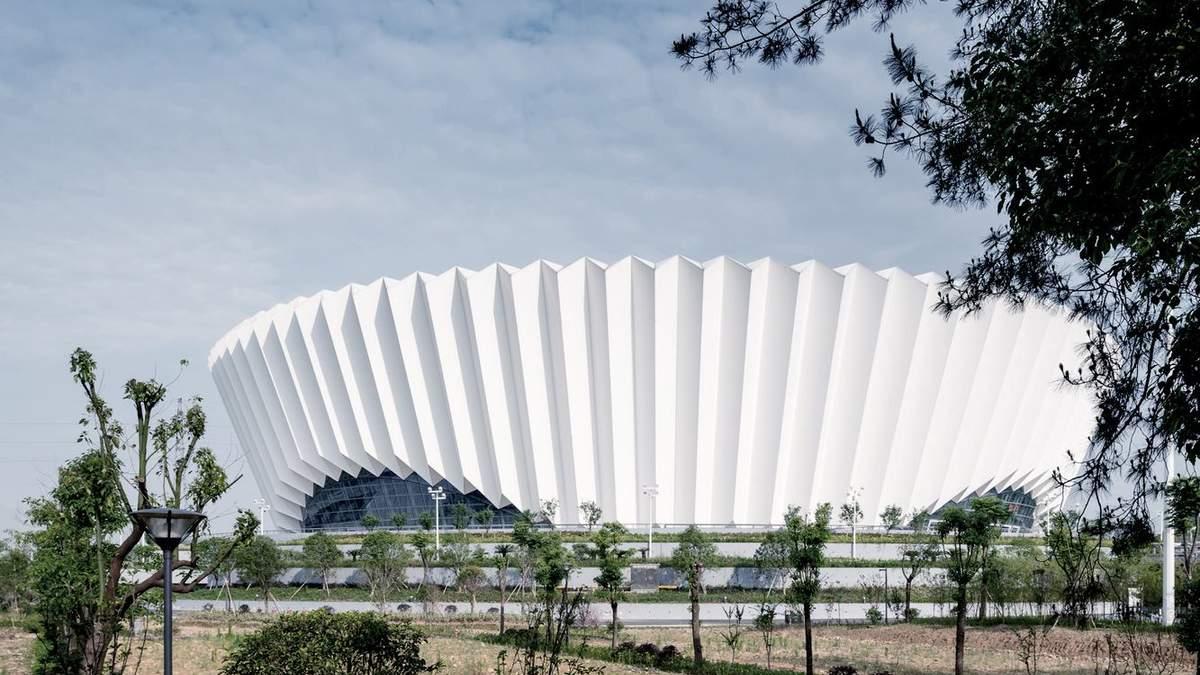 Здорове майбутнє: у Китаї завершується будівництво масштабного спортивного центру