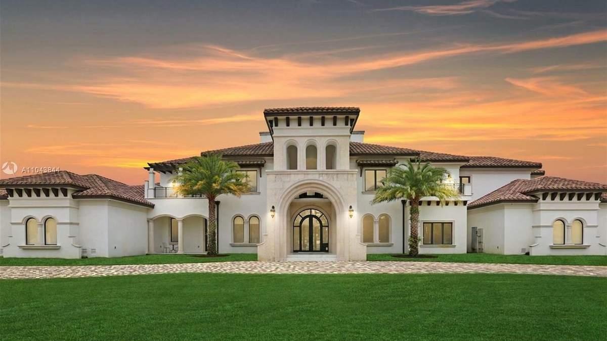 Як виглядає багатство: у Флориді виставили на продаж розкішну садибу