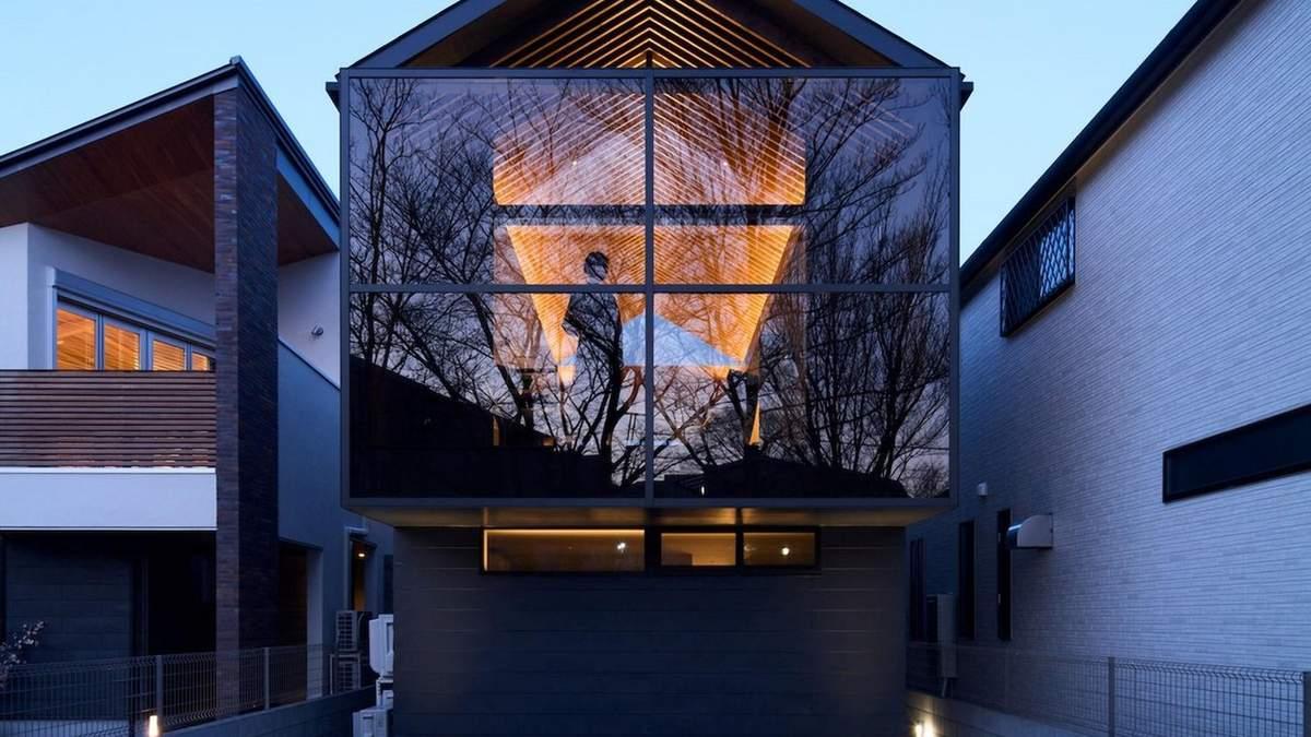 Японский минимализм: функциональное сочетание стекла и дерева