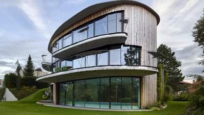 Дивовижний овал: будинок у лісі, про який мріє кожен