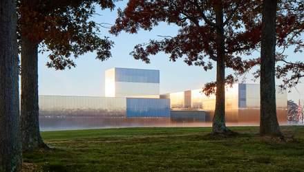 """""""Зеркальный"""" фасад: в США открыли музей, посвященный армии – фото"""