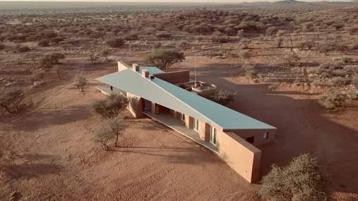 Современный дом посреди пустыни в Намибии – впечатляющие фото и видео