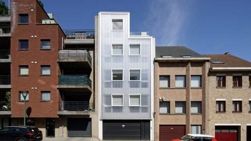 Поликарбонат вместо фасада: фото необычной многоэтажки из Бельгии