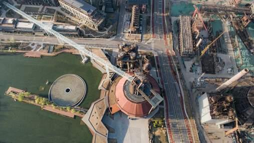 Бібліотека в доменній печі: в Китаї великий металургійний завод перетворюють на музей – фото
