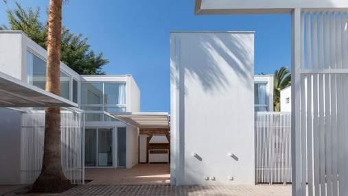 Автономный городок: в Аргентине построили компактные идентичные городские домики – фото