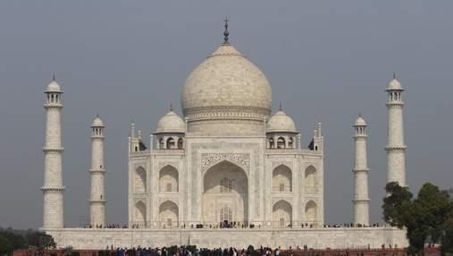 Без групповых фото: Тадж Махал начинает снова принимать туристов – что изменилось