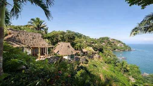 Гавайская архитектура: в Мексике у океана открыли атмосферный гостиничный комплекс – фото