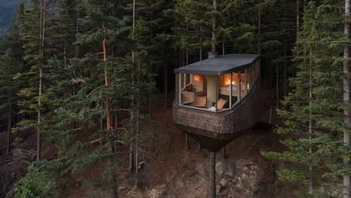 Удивительное воплощение детской мечты: фото дома на дереве из Норвегии, о котором мечтает каждый