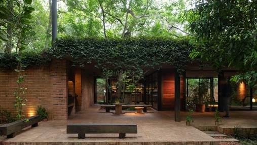 Рай у джунглях: фантастична резиденція, в якій не страшно опинитись в ізоляції