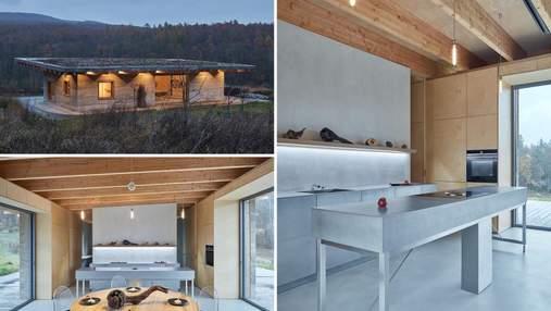 Фермерский дом для отдыха: что вышло из конопляных стен и зеленой крыши
