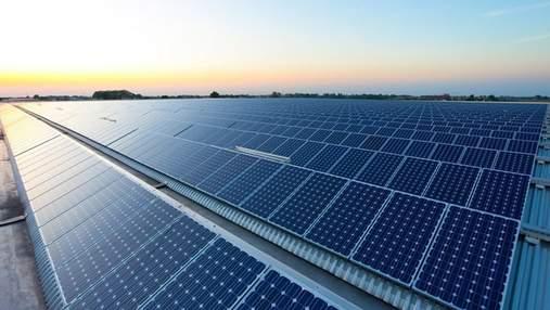 Інженерна гордість: у Саудівській Аравії зводять найбільшу у світі сонячну електростанцію
