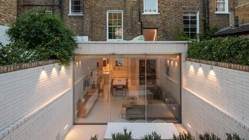Теплый отдых: задний двор дома, о котором будет мечтать каждый