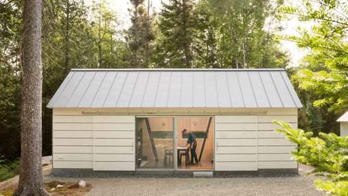 Берлога поруч з будинком: дешева прибудинкова конструкція, що дивує функціональністю