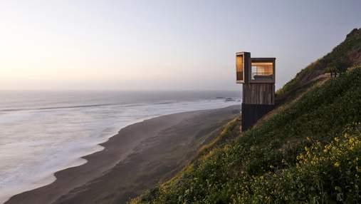 Над ущелиною: казкові хатинки для відпочинку на узбережжі Чилі