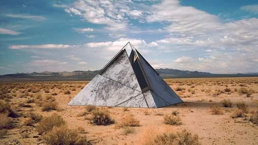 Последнее пристанище: в пустыне США создали особенные пирамиды