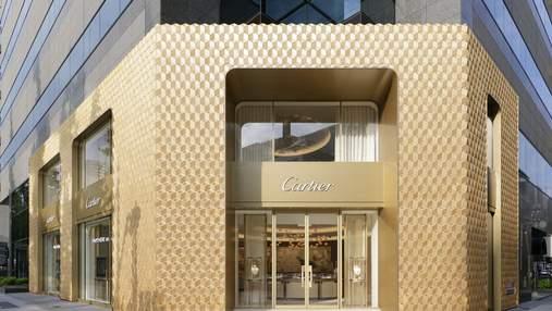 Лоск золота: магазин Картье в Японии получил новый впечатляющий фасад