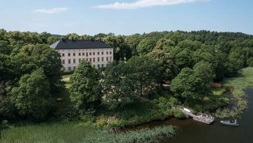 Жизнь в истории: как выглядит стильная серая квартира в шведском замке